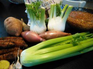 Sycąca, smaczna i pożywna szpinakowa z brązową soczewicą produkty